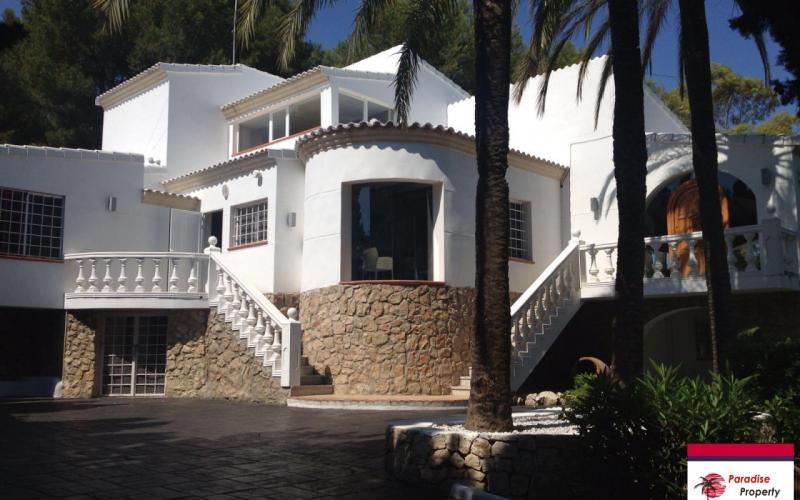 Luxurious villa for sale in Jávea