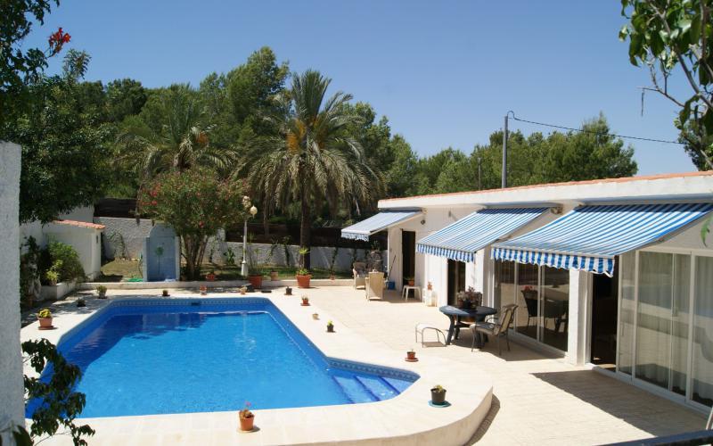 Nice villa in Albir