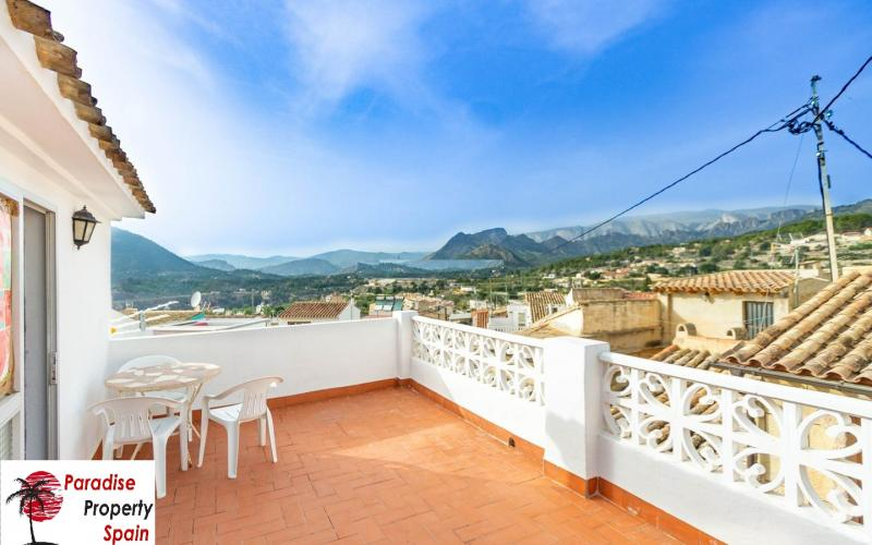 Townhouse for sale in Finestrat with nice  montain views